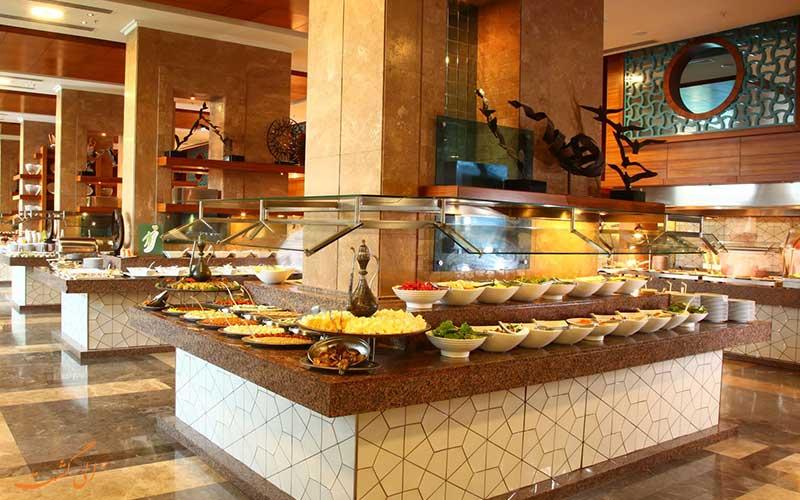 بوفه صبحانه در هتل uall هیلتون در ترکیه