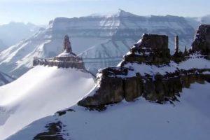 کوه های یخی