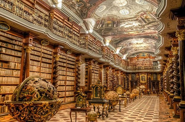 کتابخانه کلمنتیوم