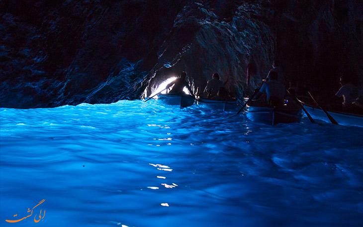 قایق های غار آبی