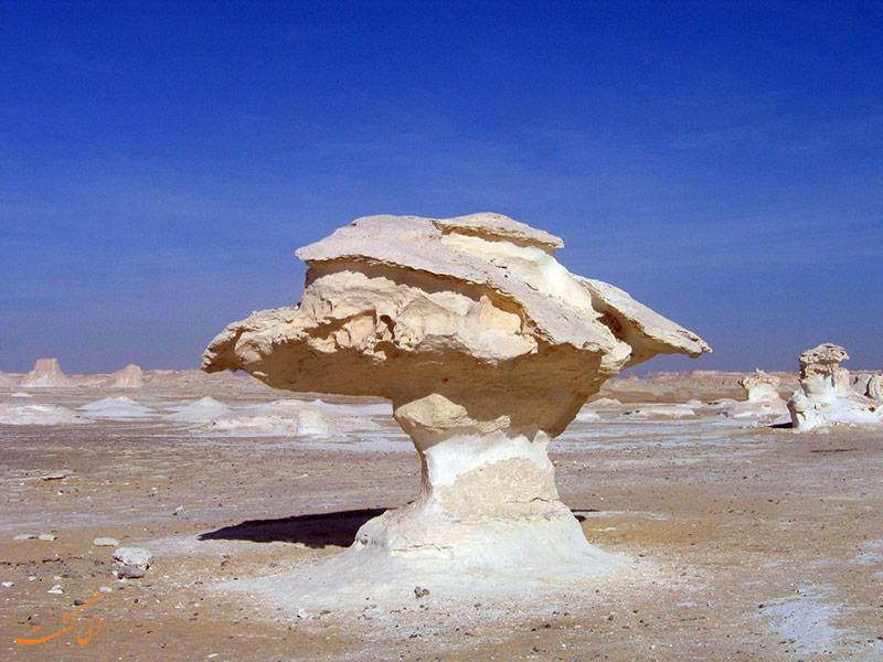 صخره های بیابان فارافرا در مصر