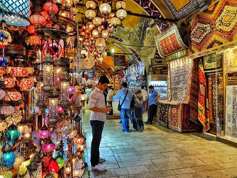 بازار بزرگ در استانبول