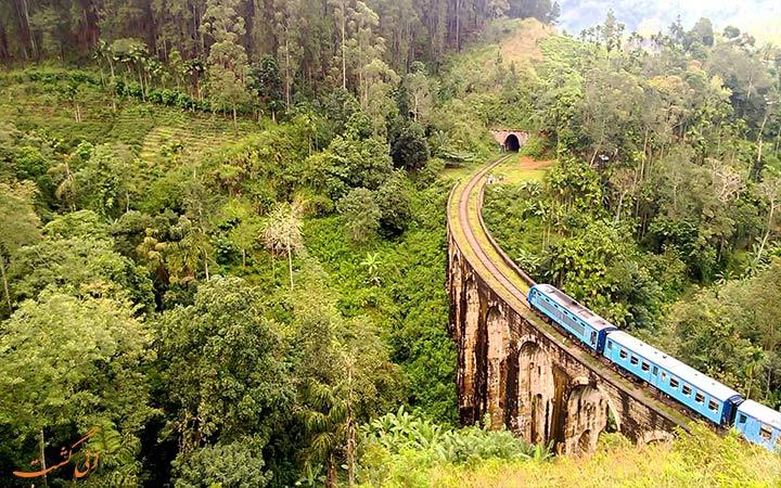پل 9 قوس در سریلانکا