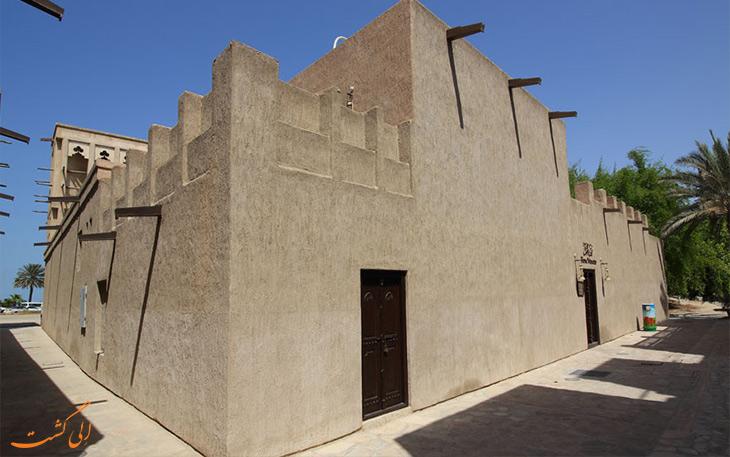 ساختمان موزه اسب