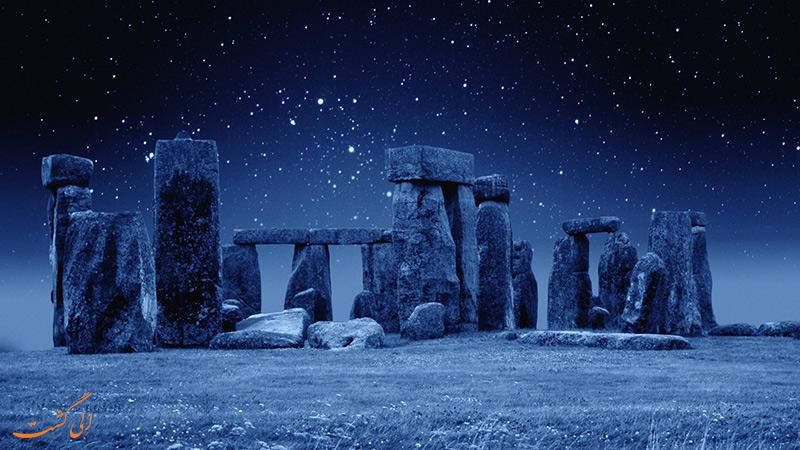استون هنج انگلستان در شب