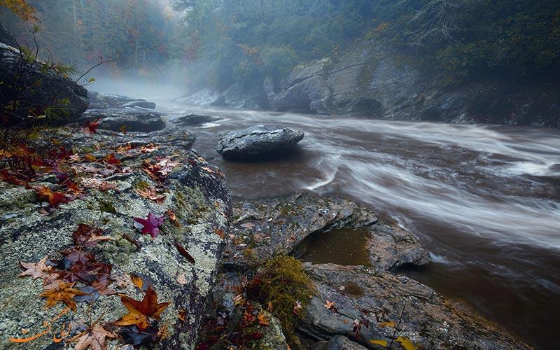 رودخانه پاییزی