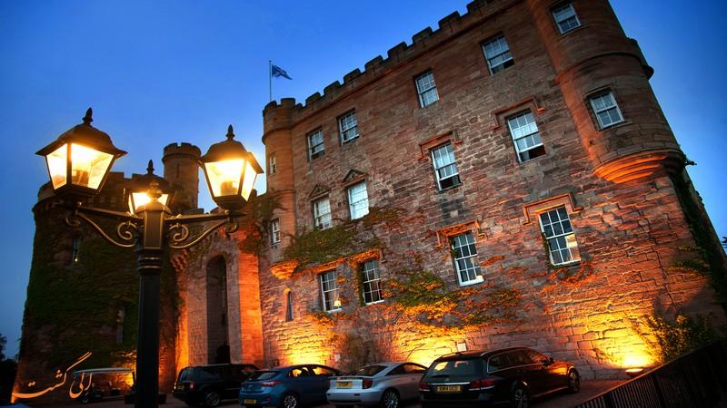 قلعه دال هاوزی اسکاتلند