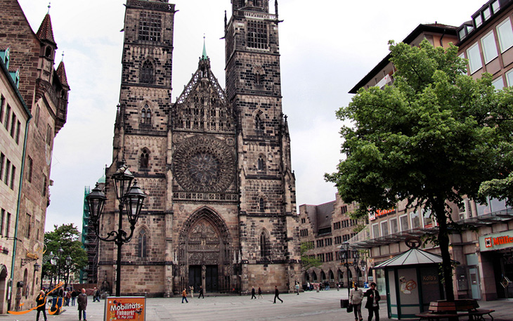 کلیسای St.-Lorenzkirche