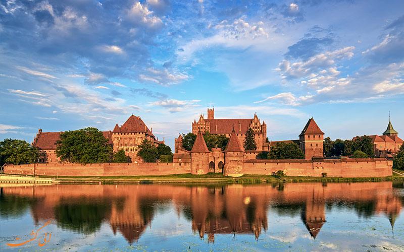 قلعه لهستان