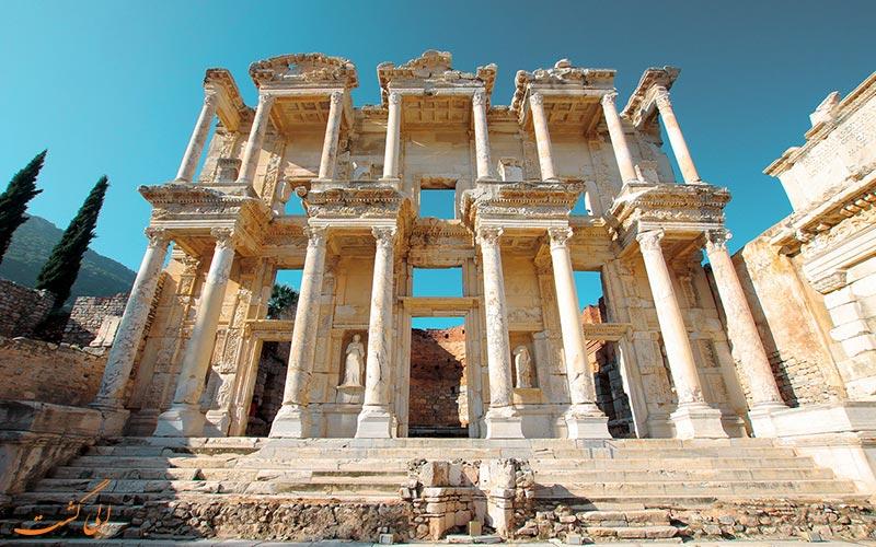 کتابخانه رومی