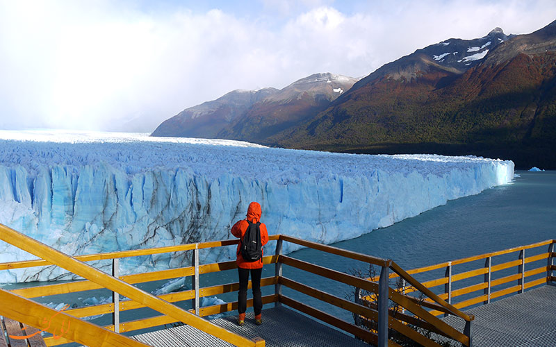 دیدن از یخچال طبیعی