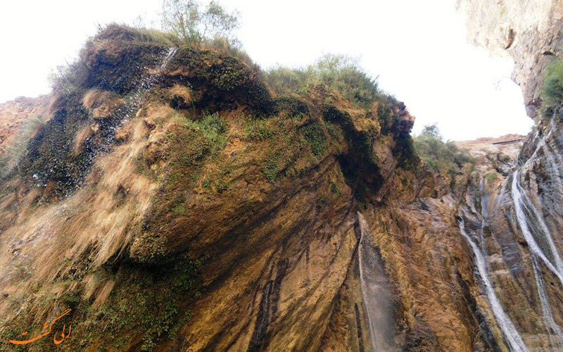 آبشار زیبای نوژیان