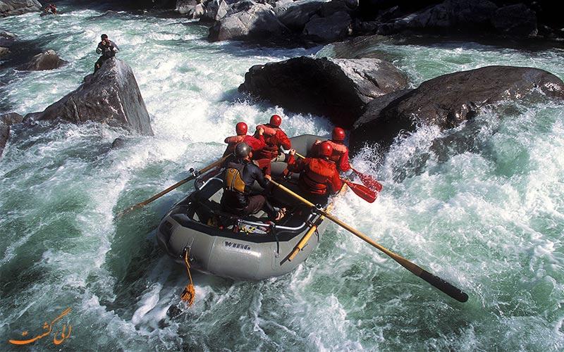 رفتینگ رودخانه خروشان