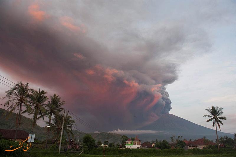 فوران آتشفشان در بالی