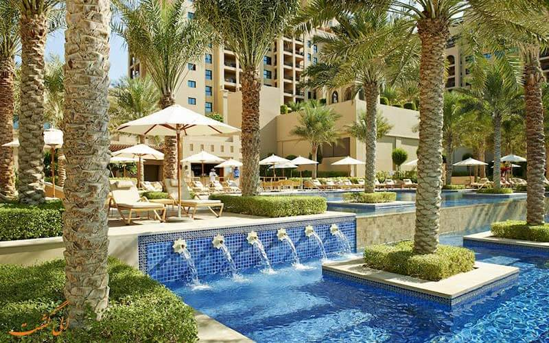 استخر هتل دبی