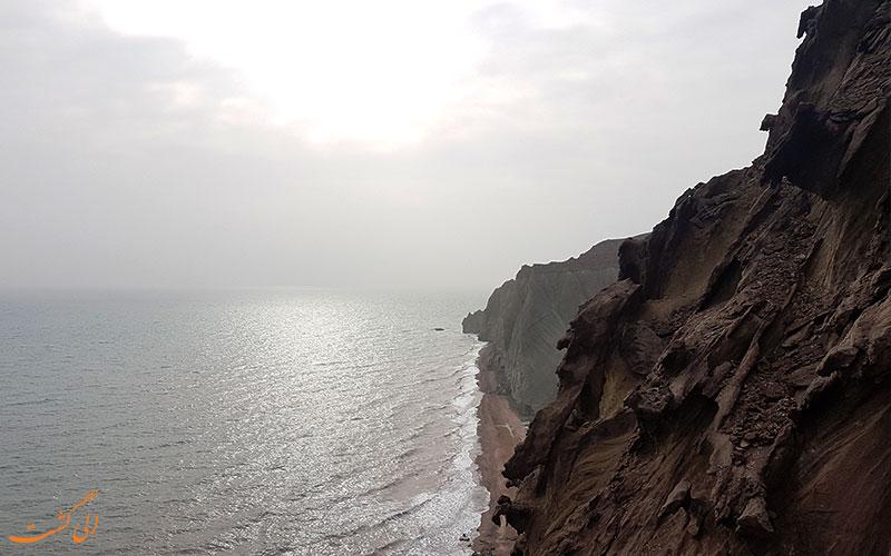 سکوت رویایی ساحل دره مجسمه ها