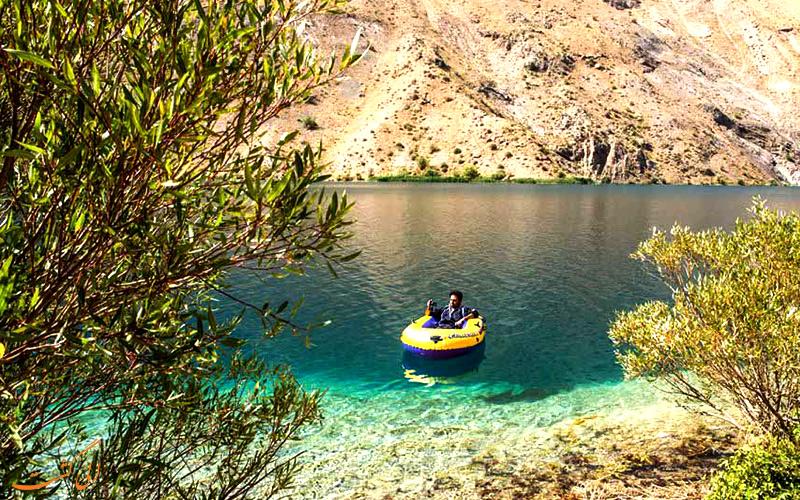 تفریحات در دریاچه گهر