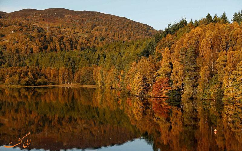 طبیعت دریاچه ای در اسکاتلند