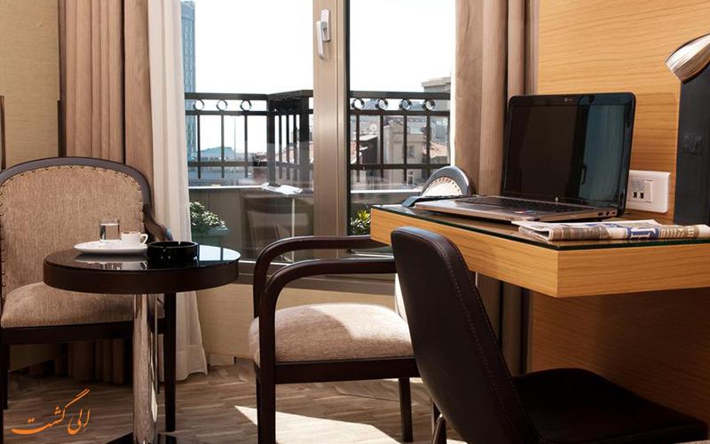هتل ریوا تکسیم | کافه