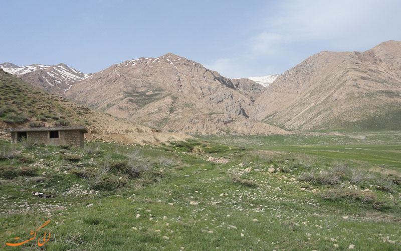 کوه های چهار محال و بختیاری