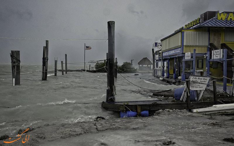 تخریب اماکن بوسیله توفان