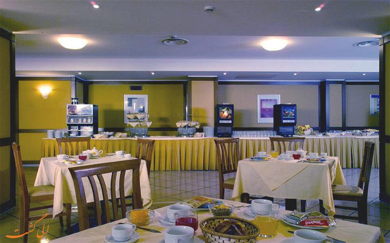 Hotel The Brand Roma- الی گشت- نمای رستوران