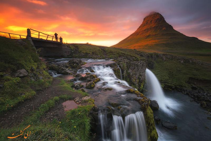 کوه Kirkjufell در ایسلند