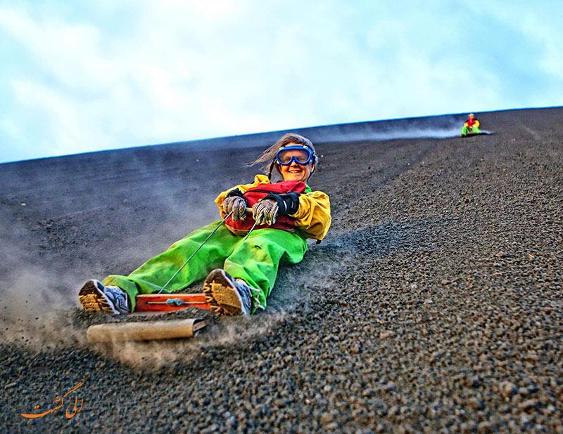 اکستریم اسپرت | اسکی روی شن های آتشفشانی