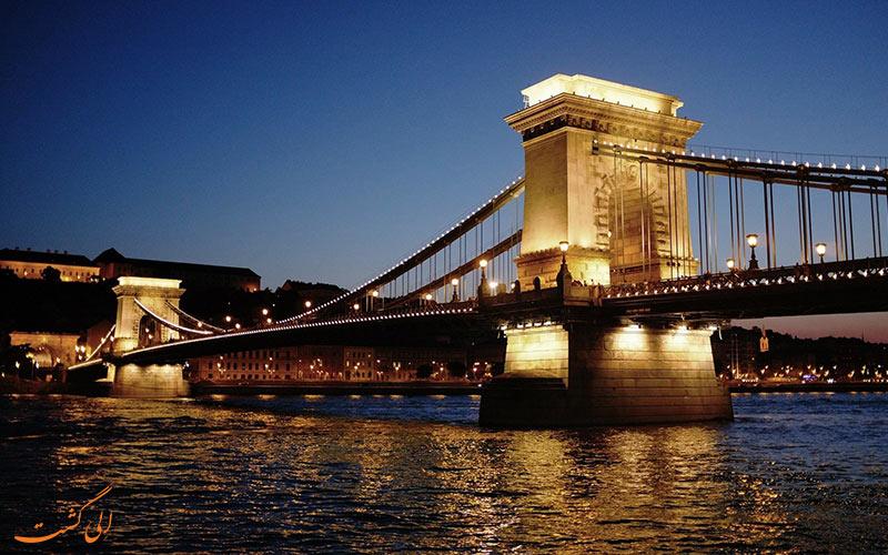 پل بوداپست در مجارستان