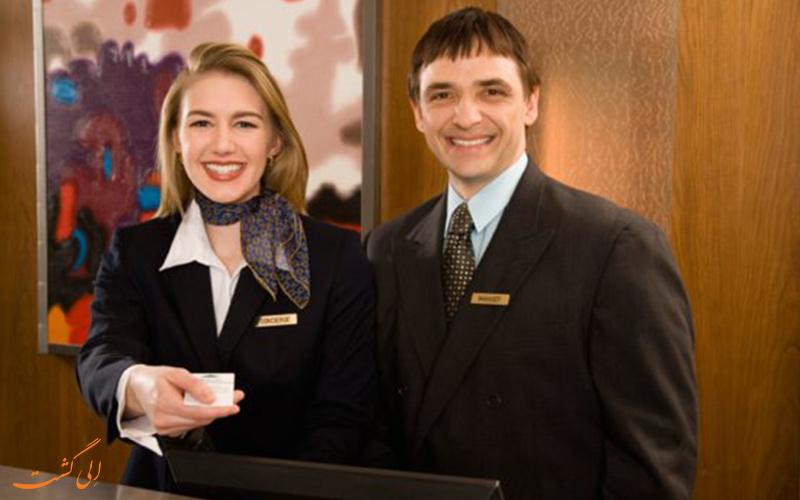 کارکنان هتل
