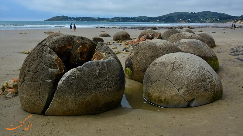 تخته سنگ های موراکی در نیوزیلند