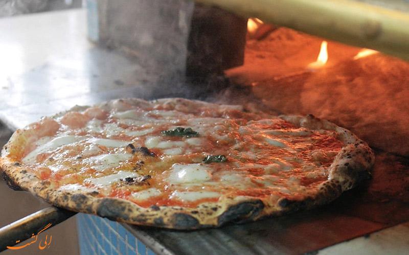 پیتزا فروشی د میشل