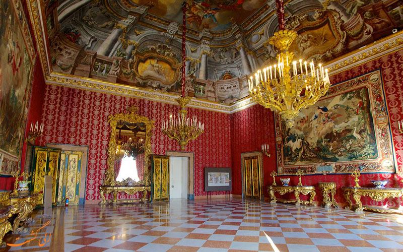 قصر سلطنتی ناپل