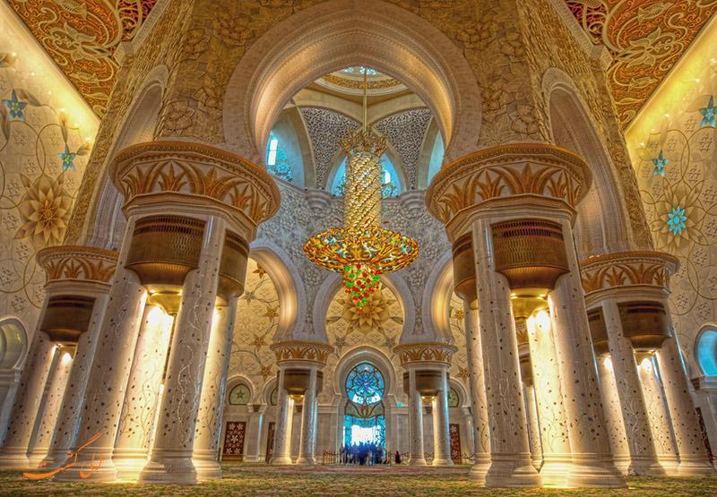 داخل مسجد شیخ زاید ابوظبی