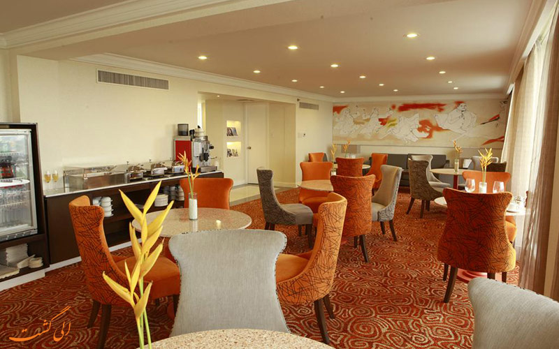 هتل واترفرانت پاویلیون مانیل | رستوران