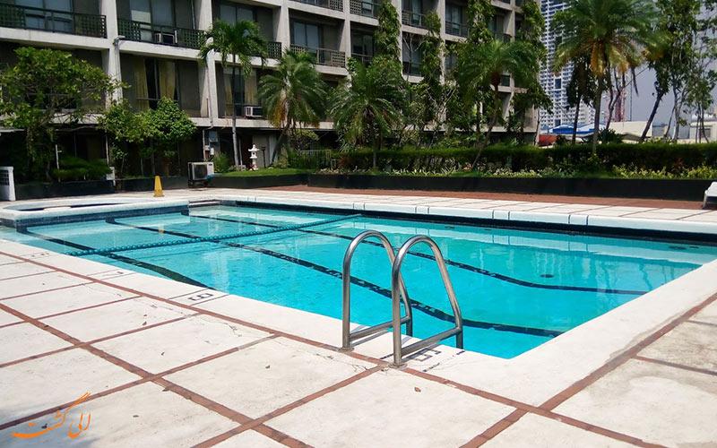 هتل واترفرانت پاویلیون مانیل | استخر