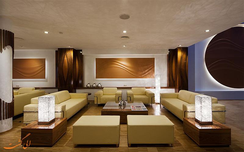 هتل آکو سوئیت بارسلونا- فضای لابی