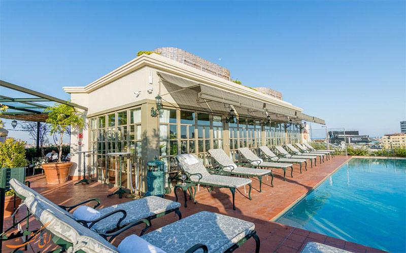 استخر روباز هتل ای ال پالاس بارسلونا