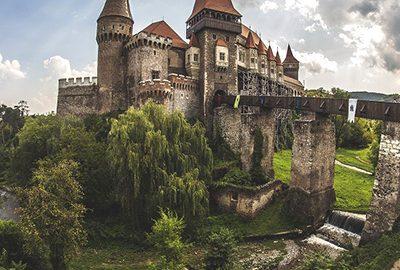 رومانی، سرزمین قلعههای افسانهای و کاخهای باشکوه