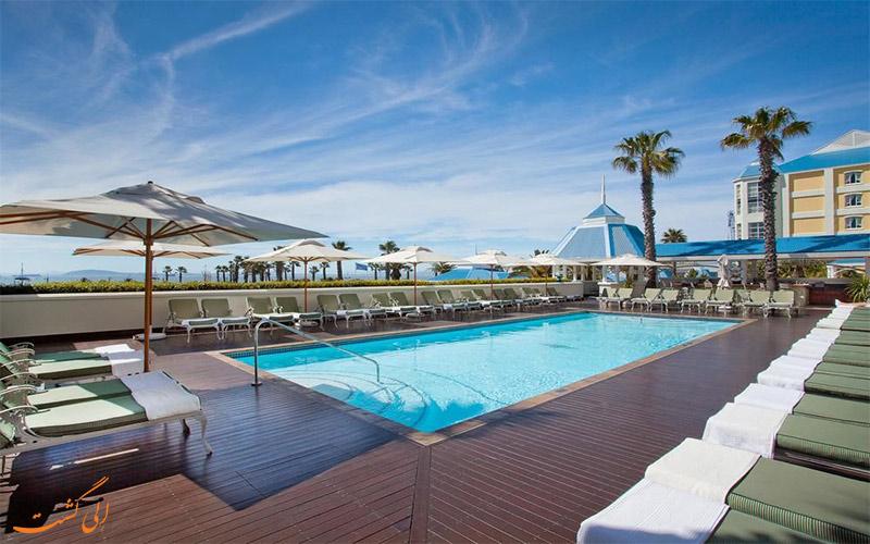 امکانات تفریحی هتل د تیبل بی کیپ تاون- استخر