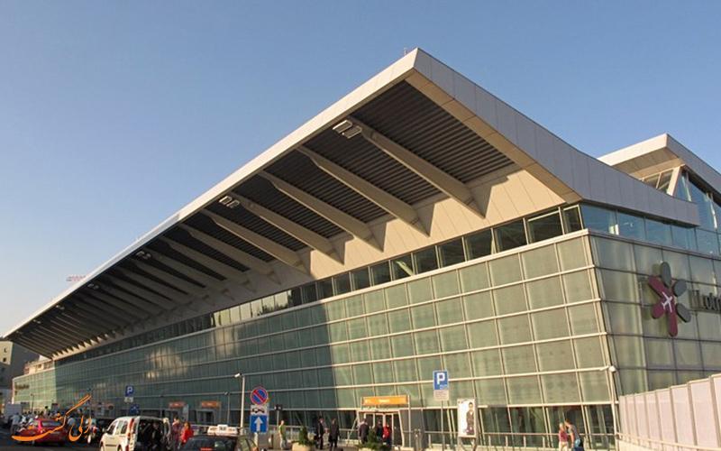 آشنایی با فرودگاه بین المللی شوپن ورشور