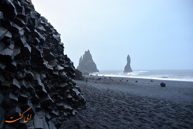 ساحل Reynisfjara ایسلند