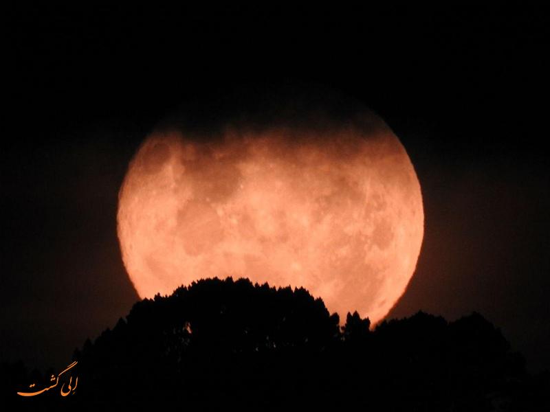 ماه قرمز رنگ در نیوزیلند