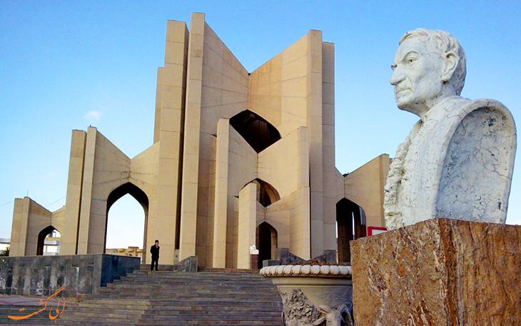 مقبره الشعرا (قبرستان سرخاب)، مکانی دیدنی برای عاشقان ادبیات
