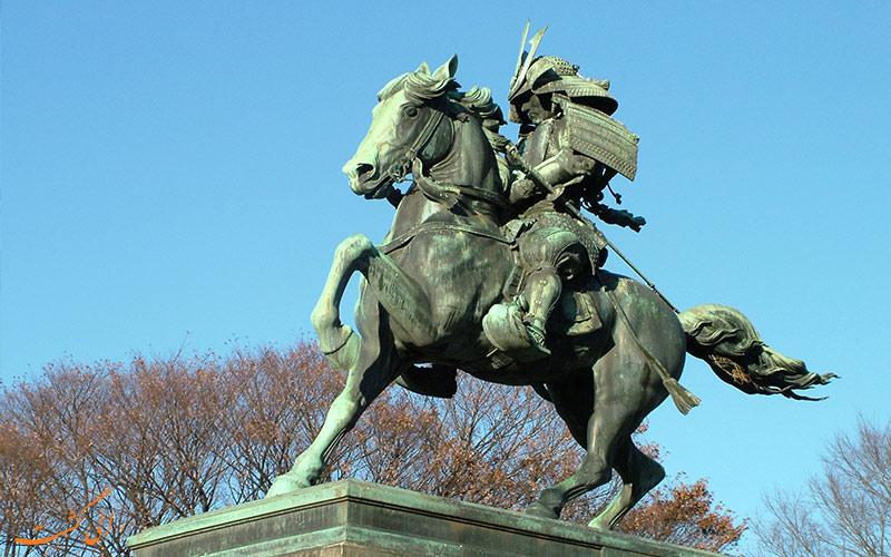 مجسمه سامورایی