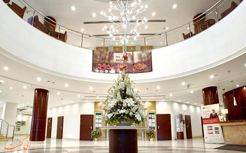 هتل هالیدی این سوکولنیکی مسکو | لابی