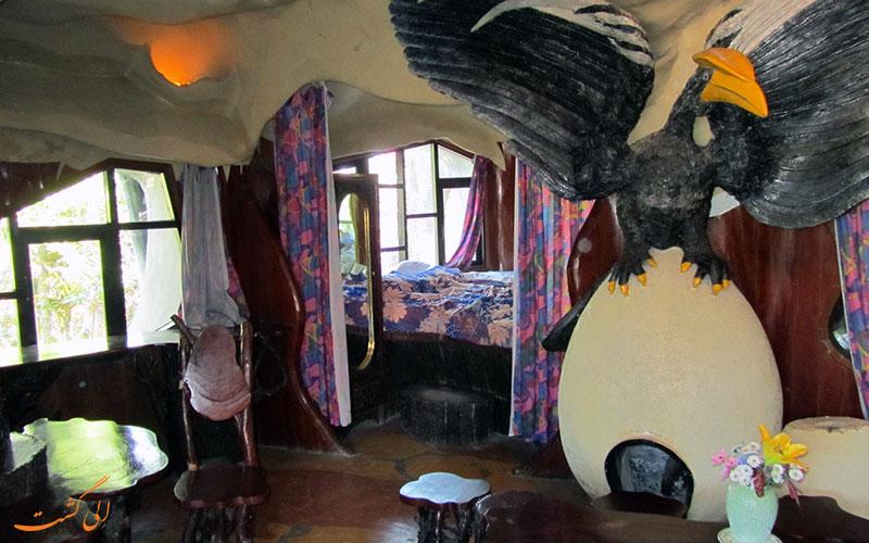 اتاقی عقاب در خانه هانگ نگا