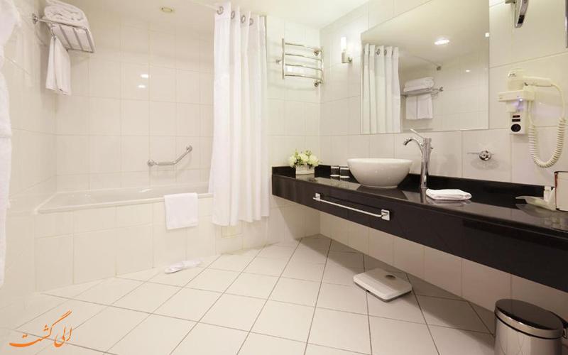 هتل هالیدی این سوکولنیکی مسکو | حمام