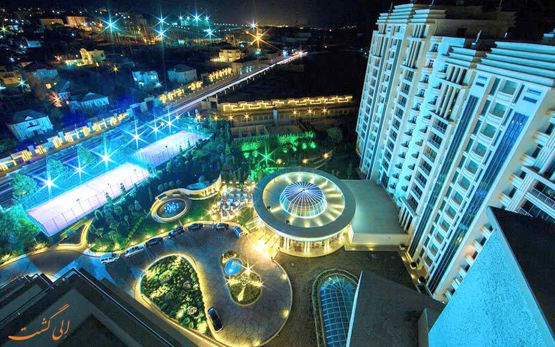 هتل پولمن باکو Pullman Baku Hotel- نمای شب هتل