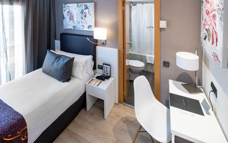 امکانات اتاق های هتل کاتالونیا کستلنو بارسلونا
